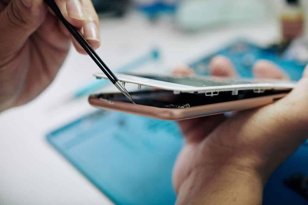 La réparation de la vitre d'iPhone à Rennes