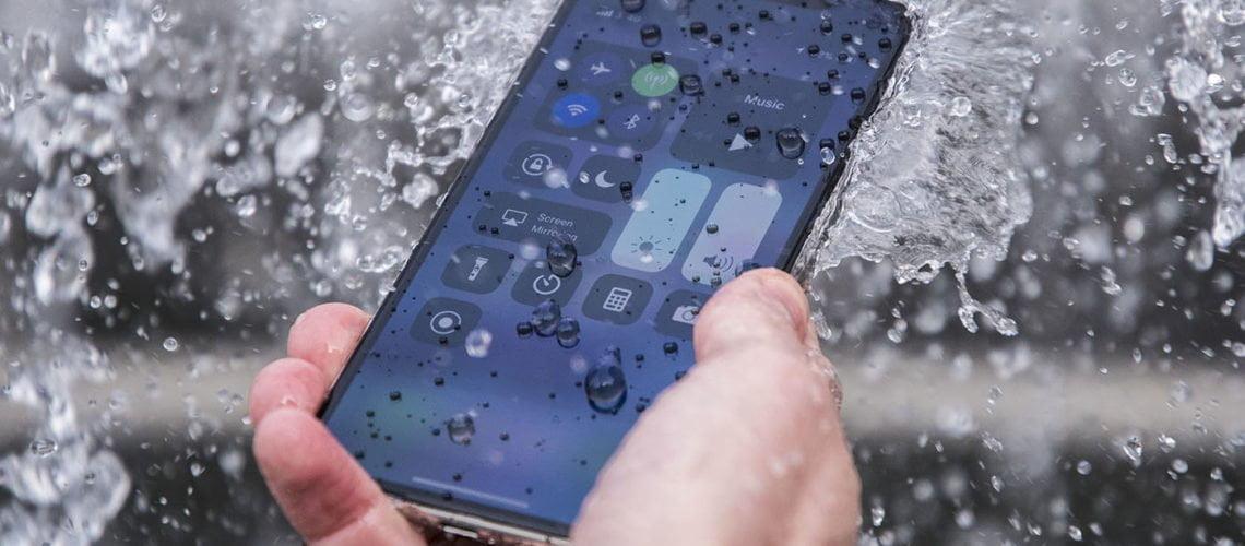 La réparation d'iPhone tombé dans l'eau avec Mon Réparateur à Rennes
