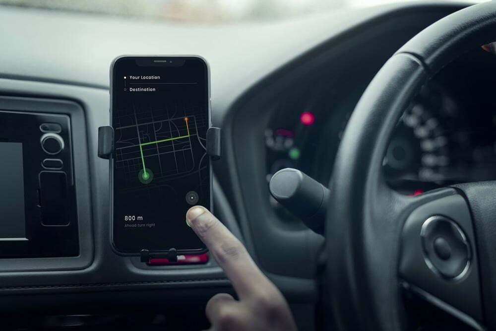 Comment charger son téléphone en voiture ?